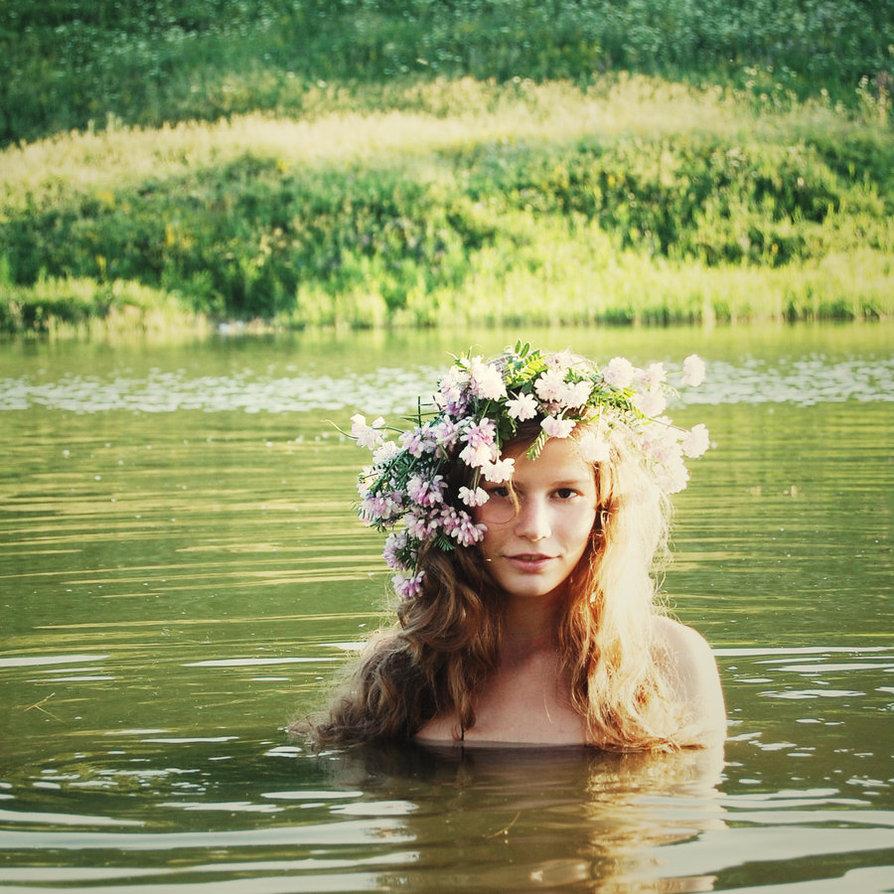 Water Nymph by Olya of Raspberry Acid