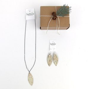 Packaging for Jewelry by Heather of Bettula.
